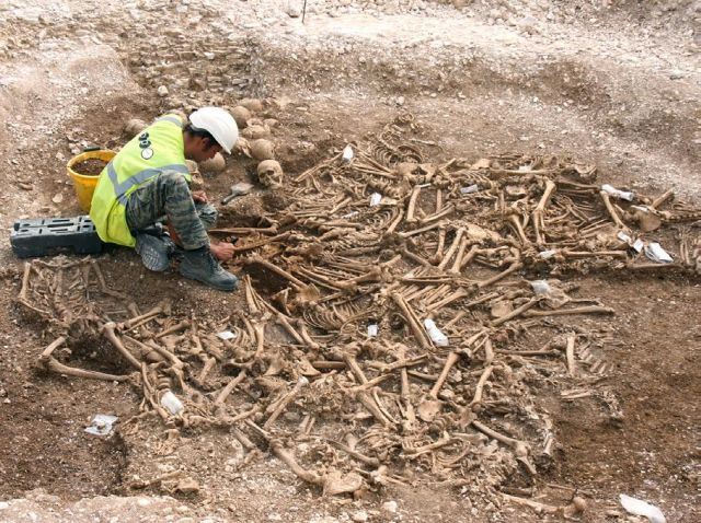 Excavating the mass burial